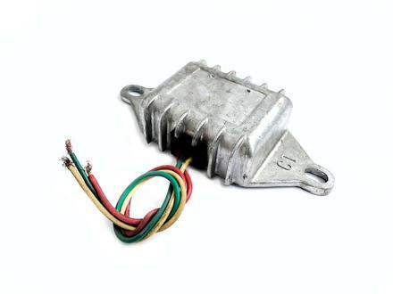 Реле зарядки (3 провода)